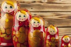 Matrioshka eller babushkasdockor Fotografering för Bildbyråer