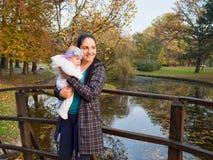 Matriz com bebê Foto de Stock