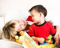 Matriz com seu filho fotografia de stock royalty free