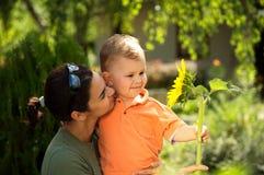 Matriz e bebê no verão Imagens de Stock