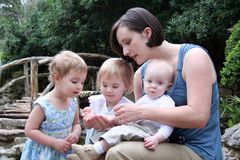 Matriz e crianças Fotos de Stock Royalty Free
