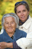 Matriz e filha Loving Imagem de Stock Royalty Free