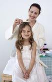 Matriz que faz o cabelo da sua filha imagem de stock royalty free
