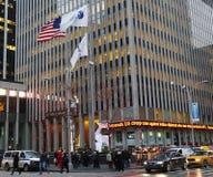 Matrizes da avenida de Fox News sextas no Midtown Manhattan Imagens de Stock