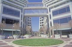 Matrizes incorporadas de Apple em Silicon Valley, Cupertino, Califórnia Imagens de Stock