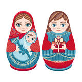 Matryoshka Русская фольклорная кукла вложенности Стоковые Изображения
