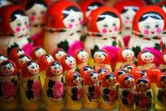 Matryoshka traditionnel russe Poupée d'emboîtement photo libre de droits