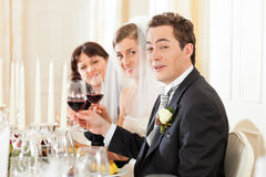 matställedeltagarebröllop royaltyfri fotografi