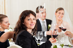 matställedeltagarebröllop Arkivfoto