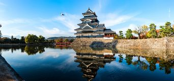 Matsumoto kasztel, jesień sezon obrazy royalty free