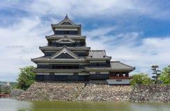 Matsumoto slott, Matsumoto, Japan, på härlig dag Arkivfoto