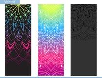 Matt designyoga Beståndsdelar av mandalaen Orientalisk modell på på svart, grafit- och regnbågebakgrund vektor illustrationer