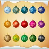 Matt ha colorato le palle di natale con l'ornamento dei fiocchi di neve illustrazione di stock