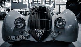 Matt special sport Roadster, 1937 för sportbilPeugeot 402 Darl ` Royaltyfri Bild