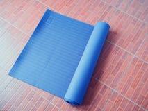 Matt yoga Arkivfoton
