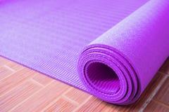 Matt yoga Royaltyfri Bild