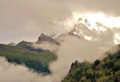 Matterhorn berg av berg royaltyfria bilder