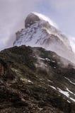 Matterhorn-Berg in den Wolken Stockfotos