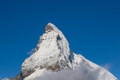Matterhorn com céu azul Fotografia de Stock