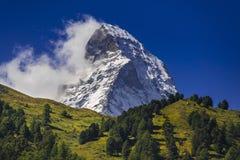 Matterhorn in de zomer royalty-vrije stock afbeelding