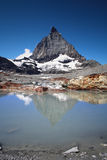 Matterhorn. From the glacier lake Royalty Free Stock Photos