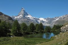 Matterhorn and lake Grindjesee in summer Royalty Free Stock Images