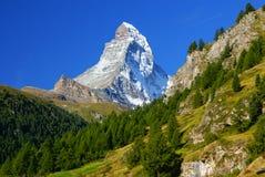 Matterhorn (4478m) nos cumes do Pennine de Zermatt, Suíça Imagem de Stock
