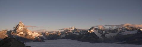 matterhorn panorama- sikt Fotografering för Bildbyråer
