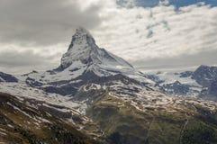 Matterhorn szczyt w Alps, obrazy stock