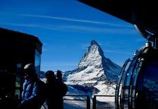 Matterhorn- und Aufzugstation Stockfotografie