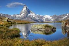Matterhorn van Meer Stelliesee 07, Zwitserland Royalty-vrije Stock Afbeeldingen