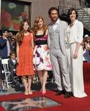 Matthew McConaughey y Mackenzie Foy y Jessica Chastain y Anne Hathaway Fotografía de archivo