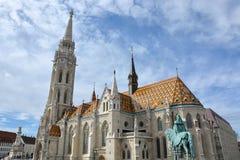Matthias kościół przy Fishermans bastionem w Budapest zdjęcie stock