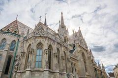 Matthias kościół przy Fishermans bastionem w Budapest obraz stock