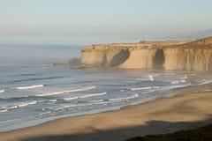 Mattina alla spiaggia dell'insenatura di Tunitas Immagine Stock Libera da Diritti