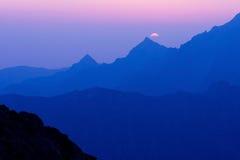 Mattina in alto Tatras, Slovacchia Immagine Stock