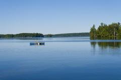 Mattina calma sul lago Immagini Stock Libere da Diritti