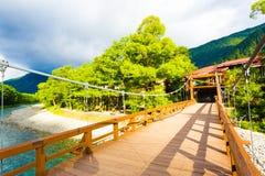 Mattina del fiume di bobina del ponte di Bashi della kappa di Kamikochi Fotografia Stock Libera da Diritti