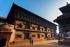 Mattina del palazzo della finestra del quadrato 55 di Bhaktapur Durbar Fotografie Stock Libere da Diritti