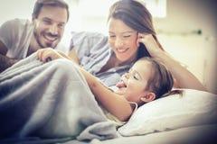 Mattina della famiglia fotografia stock libera da diritti