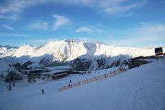 Mattina delle alpi nell'inverno di Ischgl - alpi della montagna, Austria Fotografie Stock Libere da Diritti