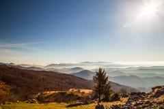 Mattina di autunno su un supporto delle alpi italiane Fotografie Stock Libere da Diritti