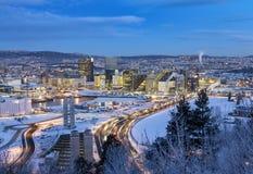 Mattina di inverno dell'orizzonte di Oslo immagini stock libere da diritti