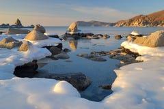 Mattina di inverno sul litorale di ocean-2 Immagine Stock Libera da Diritti
