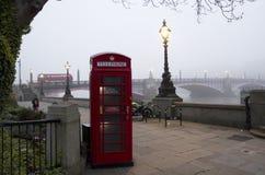 Mattina di Londra in nebbia Fotografia Stock Libera da Diritti