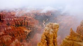 Mattina nebbiosa a Bryce Canyon National Park Fotografie Stock