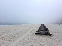 Mattina nebbiosa dell'Alabama della spiaggia arancio fotografia stock libera da diritti