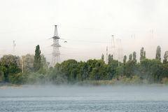 Mattina nebbiosa sul lago Fotografia Stock Libera da Diritti