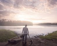 Mattina nel lago fotografie stock