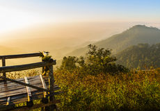 Mattina nel paesaggio della montagna Fotografia Stock Libera da Diritti